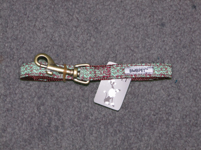Matching leash for collars.