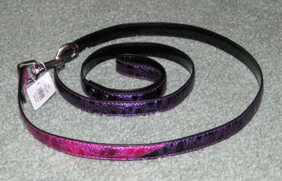 Pink and purple leash for dogs